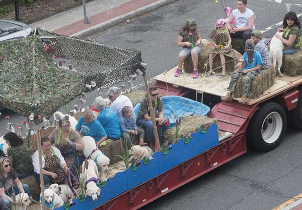 Rotery-paradelabfloat